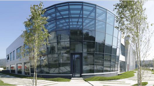COMBINACIÓN DE SISTEMAS REHAU en la optimización energética de unas oficinas de Porto do Molle, Vigo