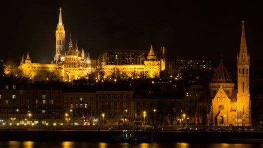 Seguridad en instalaciones eléctricas; el incendio de Notre Dame hace saltar las alarmas