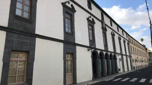 Rehabilitación energética e impermeabilización de la cubierta del hospital San Martín de Vegueta