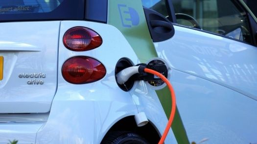 El vehículo eléctrico y sus ventajas como sistema de electromovilidad urbana