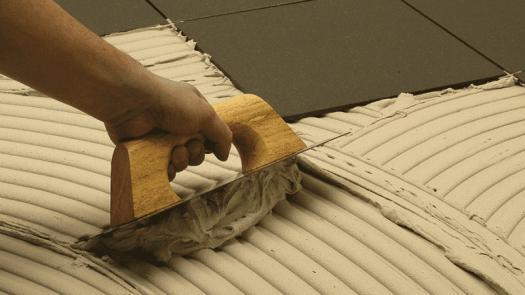 Selección del material de agarre para baldosas cerámicas