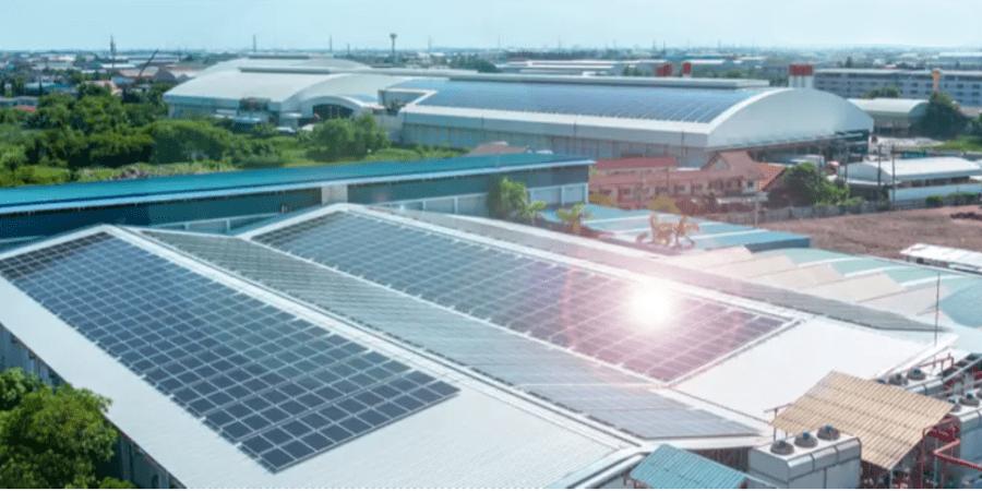 aislamiento termico tejados con placas solares