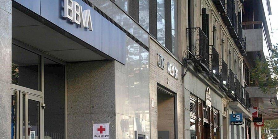 BBVA impulsa la rehabilitación energética de edificios en España firmando un protocolo con el IDAE
