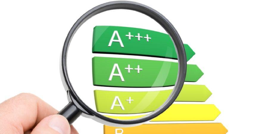 Claves para ahorrar en la factura de la luz con los termos eficientes de Ariston